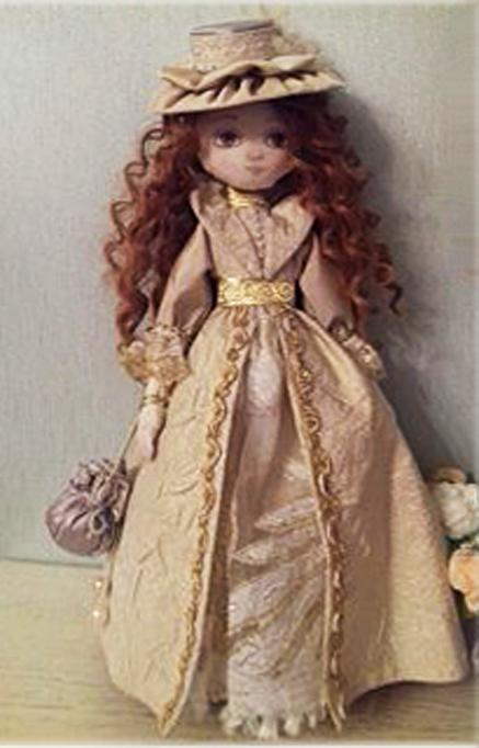 Гуринович Л. Кукла текстильная интерьерная «Анна» (скульптурный текстиль: ткань хлопок, парча, батист, трикотаж, ленты, кружева, стразы, волосы - искусственные тресы. Одежда несъемная)